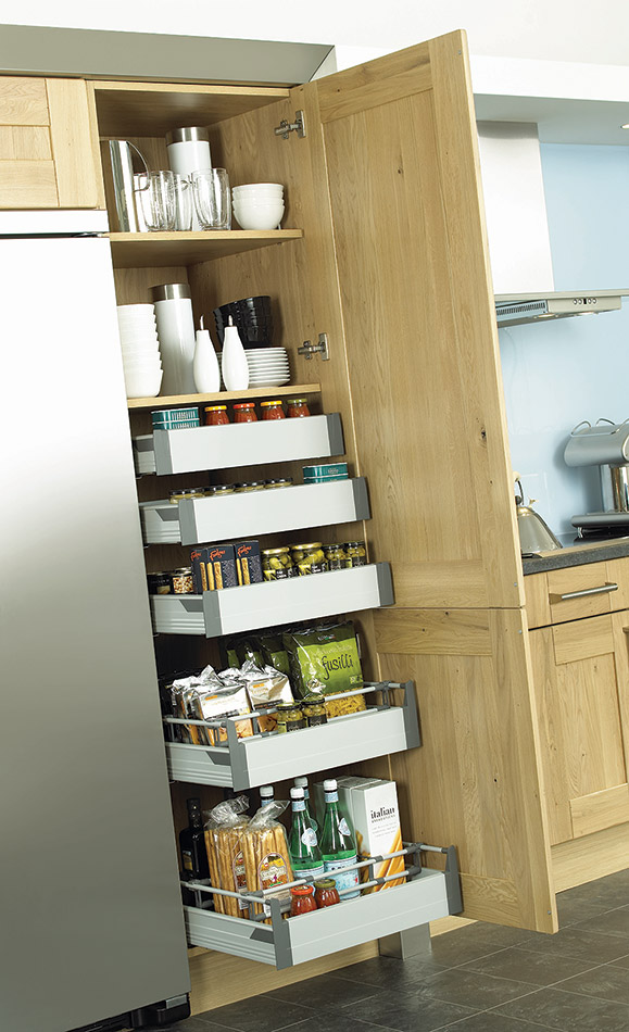 Wentworth design sunbury town country for Oak kitchen larder units